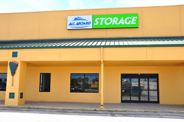 Self Storage Units At 2400 S. Ridgewood Avenue South Daytona, FL 32119