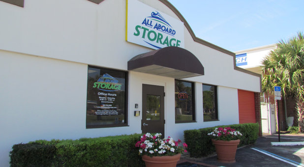 Self Storage Units at 409 Big Tree Rd South Daytona FL 32119 & Big Tree Depot South Daytona FL 32119 | All Aboard Storage